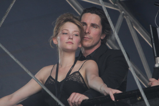 Fotos del rodaje de la nueva película de Terrence Malick, con Christian Bale y Haley Bennett
