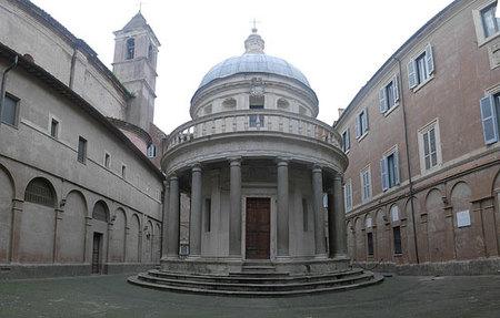 San Pietro in Montorio: lo monumental en pequeña escala