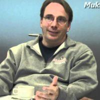 Steve Jobs intentó contratar a Linus Torvalds en el año 2000