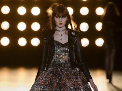 Clonados y pillados: ¿4500 euros por este vestido de Saint Laurent?, no, Blanco es la solución