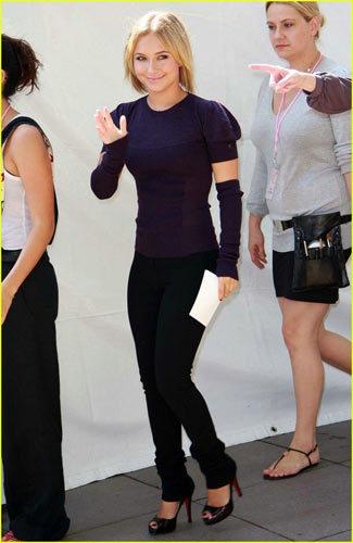 Hayden Panettiere y las mangas-guantes, ¿nueva moda?