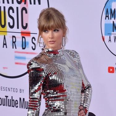 Los mejores vestidos de los Premios AMA's 2018: el mundo de la música se viste de alfombra roja