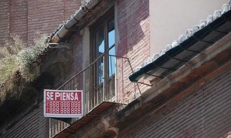 La firma de hipotecas sigue cayendo y Galicia se lleva la palma