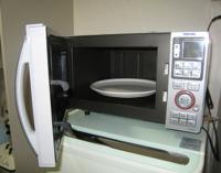 Cocinar en horno microondas: aspectos a tener en cuenta