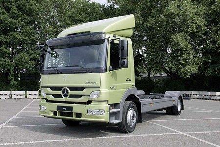 Mercedes Atego 2010, por fin con una opción híbrida