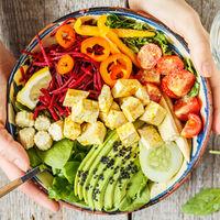 Comer en bol: esto es todo lo que tienes que poner en tu bol para conseguir una comida completa
