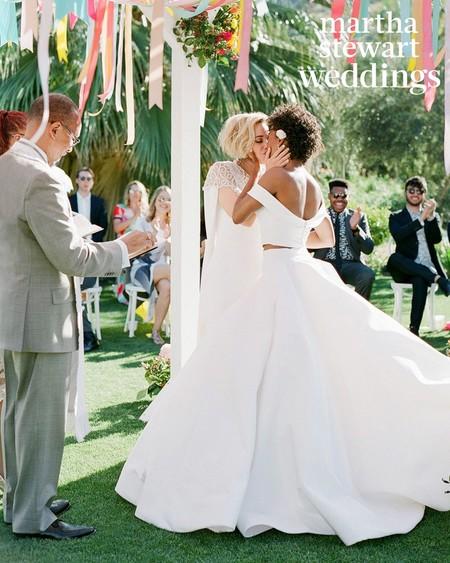 El estilo sube al altar por partida doble: los mejores looks de novia para que el 'sí, quiero' con tu mujer sea inolvidable
