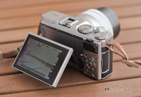 Fujifilm X A5 04