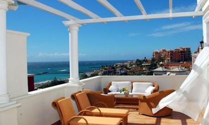 Trucos para tener listos los muebles de tu terraza
