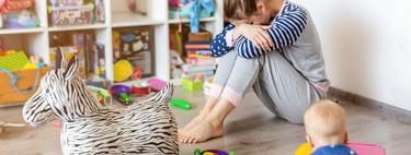La depresión de las madres que se quedan en casa, una realidad que debemos tratar con comprensión y apoyo