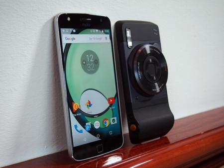 Moto Z Play y Hasselblad True Zoom, primeras impresiones: la fotografía móvil necesita algo más
