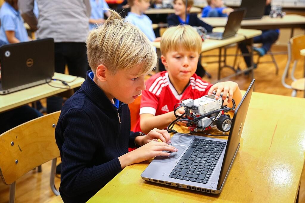 Seis aplicaciones gratuitas para aprender robótica y programación