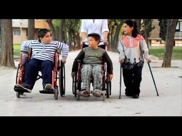 La vida de las personas con espina bífida (vídeo)