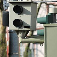 Los italianos aman la velocidad, un pueblo registró 56,568 multas en dos semanas