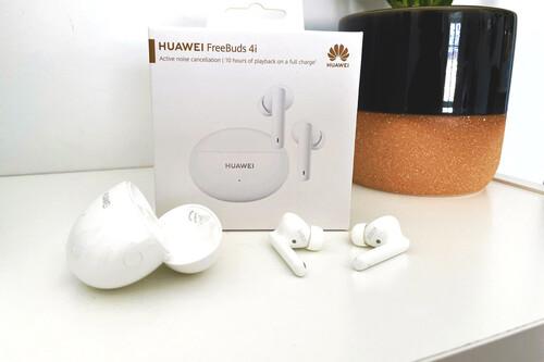 Probamos los FreeBuds 4i de Huawei: unos auriculares con excelente batería y cómodos para entrenar, a muy buen precio