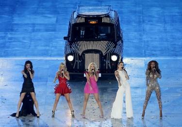 La mejor prueba de que los 90 han vuelto es la posible futura gira de Backstreet Boys y Spice Girls... ¡que estamos deseando!
