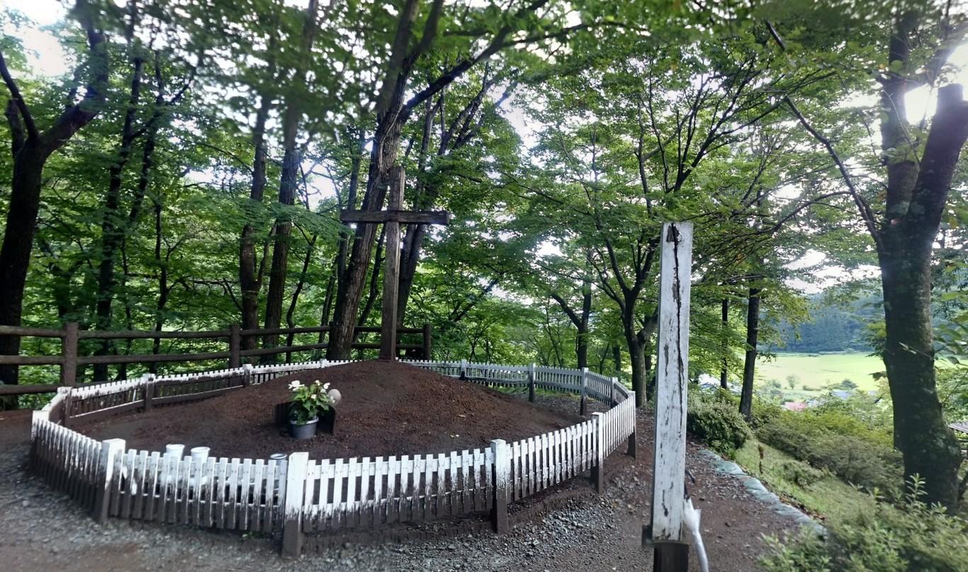 No murió en la cruz: la tumba de Jesús está en este pueblo japonés convertido en centro de peregrinación