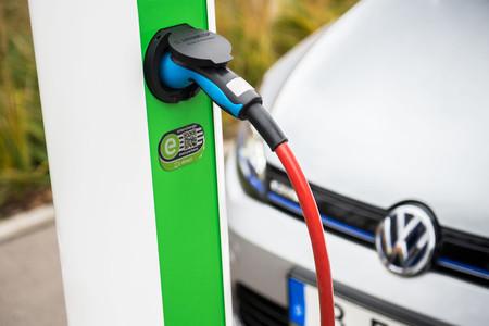 punto de carga coche eléctrico