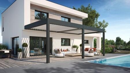Extender el uso de la terraza en otoño es posible gracias a las pérgolas, especialmente las bioclimáticas