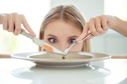 """""""Por qué siempre tengo hambre"""": estos son los mecanismos detrás de la sensación de hambre y saciedad que necesitas conocer"""