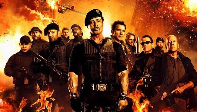 Cartel de 'Los Mercenarios 2'