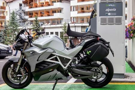 Las 17 motos eléctricas que saldrán a la venta en España en 2020 (según sus fabricantes)