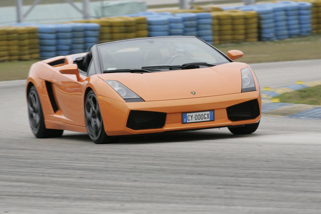 Foto de Lamborghini Gallardo Spyder (8/8)