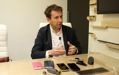"""Juan Carlos de la Vela, Motorola: """"Se acabó el poder vender teléfonos de 600 euros sin innovación"""""""
