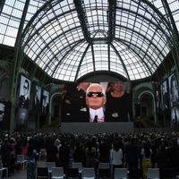 Celebridades recuerdan a Karl Lagerfeld en su último gran evento en Le Grand Palais de París