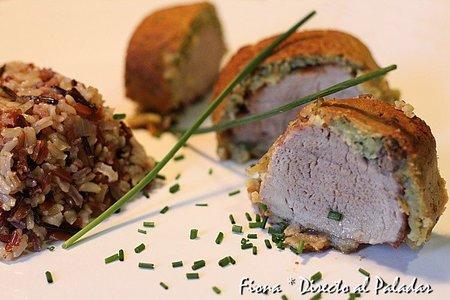 Solomillo de cerdo en costra de pan aromático. Receta
