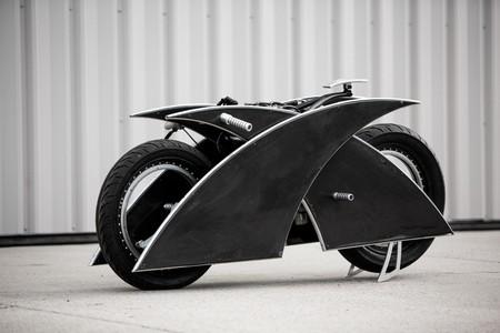 La Racer-X es la moto eléctrica que se compraría Blade, con dirección controlada por arduino