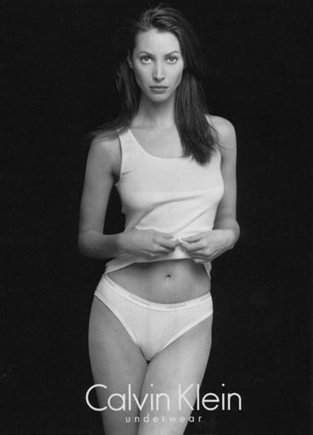 Christy Turlington volverá a ser la imagen de Calvin Klein Underwear, la top eterna