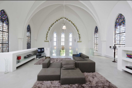 Casa Iglesia 1