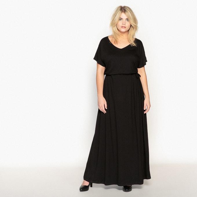 Vestido negro largo con cordón en la cintura
