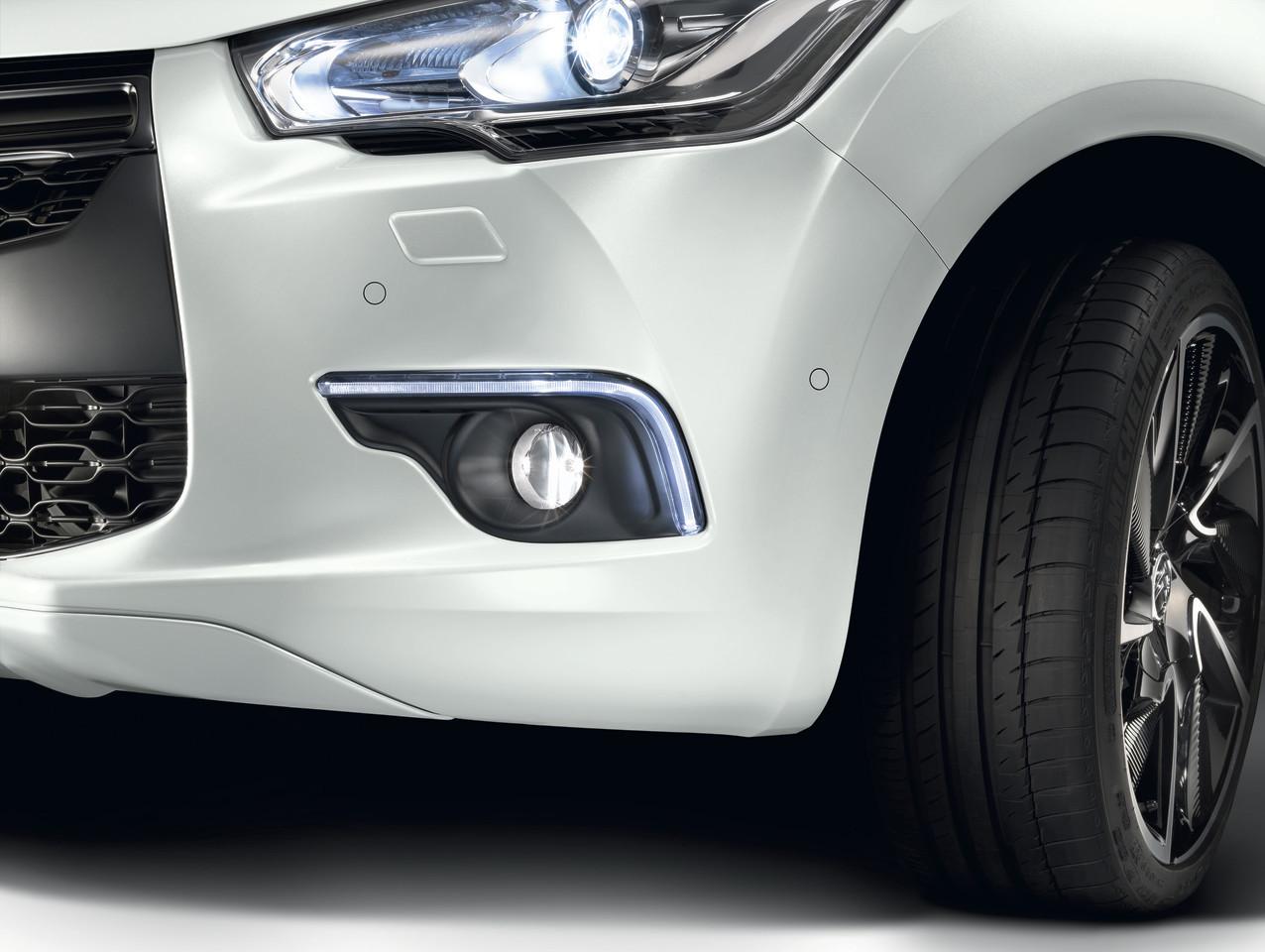 Foto de Citroën DS4 (31/111)