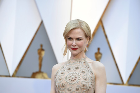 Nicole Kidman luce así de espectacular en la alfombra roja de los Oscars 2017