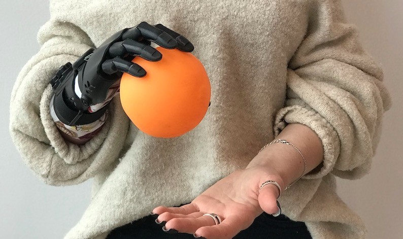 Karspersky plantea un futuro de prótesis conectadas... pero con antivirus