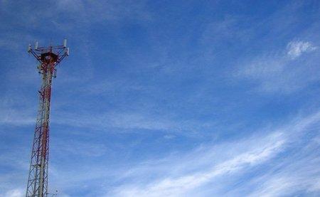 La relacion entre las antenas de telefonía en el embarazo y el cáncer infantil