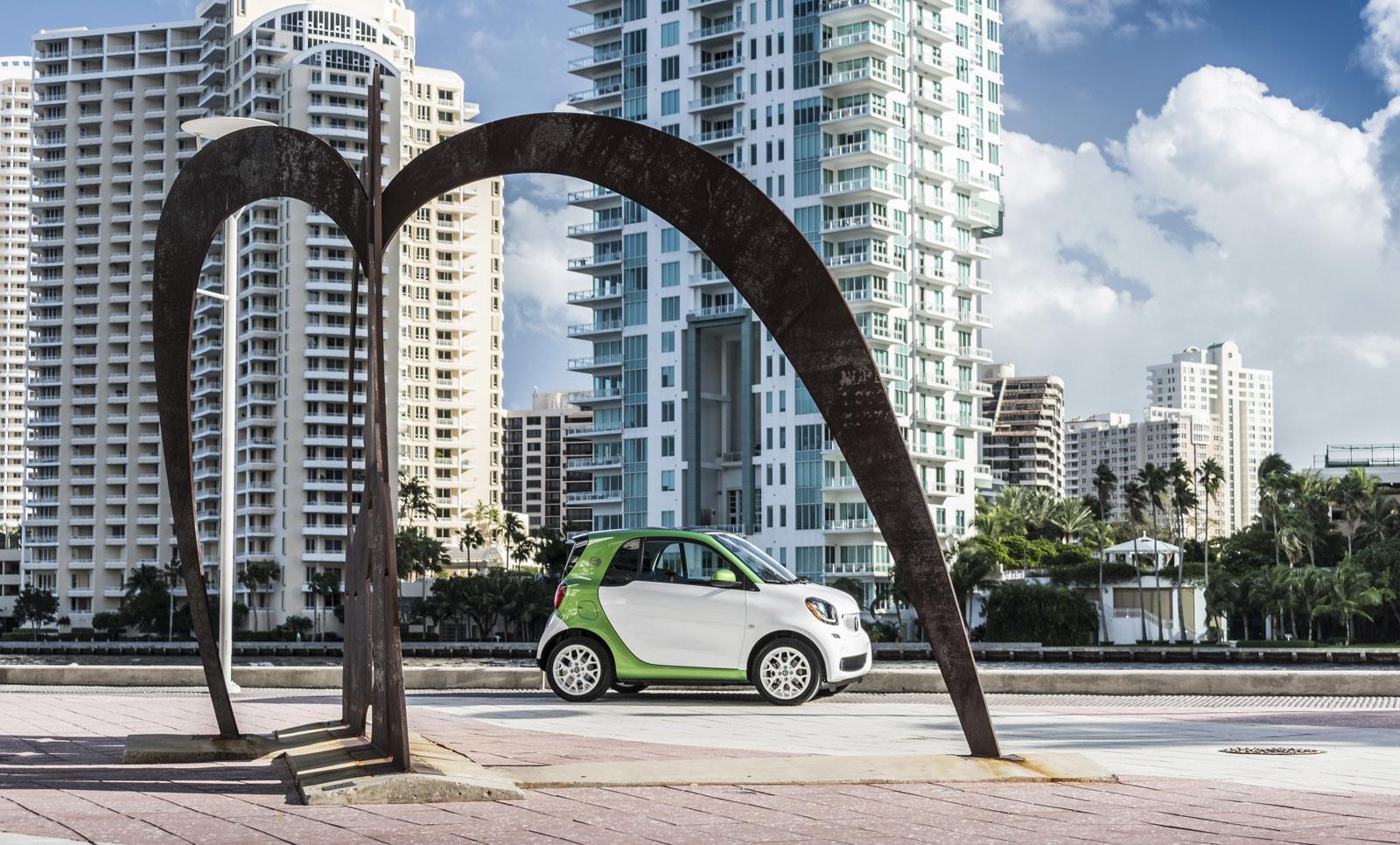 Foto de smart fortwo Electric Drive, toma de contacto (136/313)