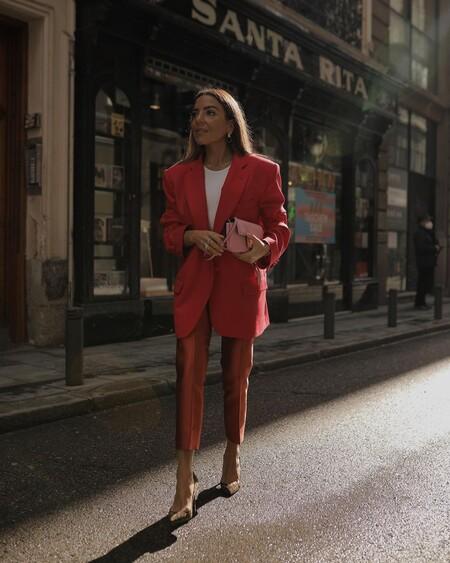 https://www.trendencias.com/tendencias/invitada-boda-siete-consejos-para-triunfar-traje-pantalon-ser-diferente-fiesta