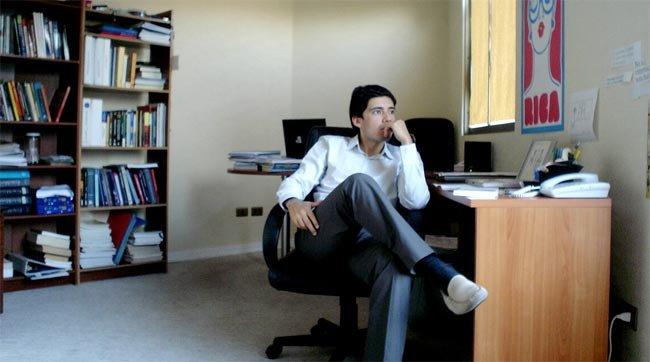 Algunos trucos para ejercitarnos en la silla de la oficina for Oficinas para buscar trabajo