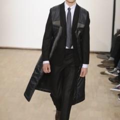 Foto 1 de 17 de la galería raf-simons-otono-invierno-20102011-en-la-semana-de-la-moda-de-paris en Trendencias Hombre