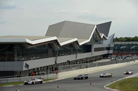 Enge/Muller y Krumm/Luhr se llevan las victorias en Silverstone