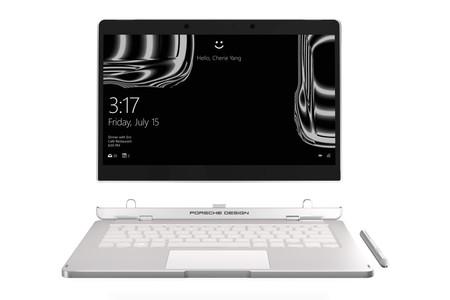 Porsche Design ha diseñado un ordenador portátil con una bisagra especial que lo hace convertible y '2 en 1'