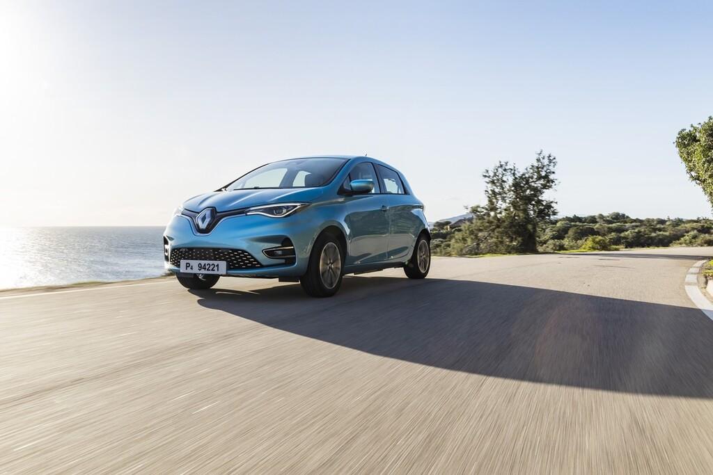 Mercedes-Benz y Jaguar-Land Rover, entre las marcas que no cumplirán con los objetivos de emisiones, según un estudio de T&E