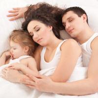 He dormido con mis 3 hijos en nuestra cama porque me preocupaba mucho mi relación de pareja