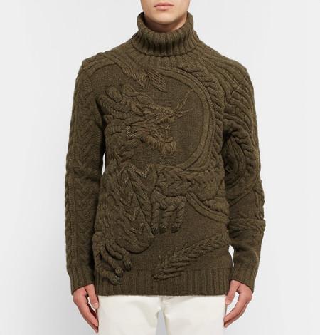 Ralph Lauren eleva los tejidos a un nivel artístico insuperable con éste suéter con motivo de dragón