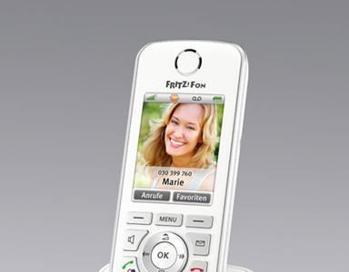 Fritz!Fon C4, todo lo bueno de un teléfono fijo inalámbrico y un smartphone «en uno»