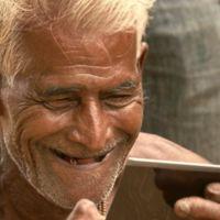 GivePhotos recorre India regalando fotografías a quienes nunca han tenido una