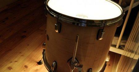 Lámparas con instrumentos musicales: a la luz de una batería